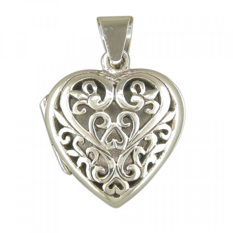 Filigree heart