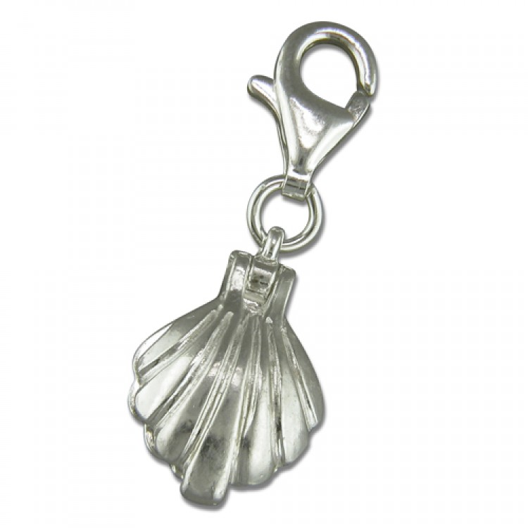 Clip on oyster shell with pearl