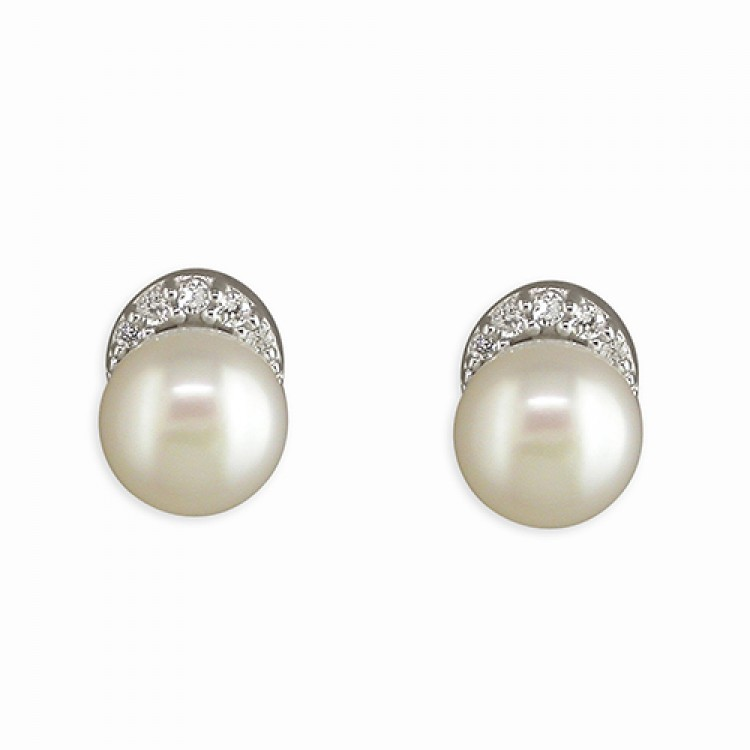 Cubic zircoia topped white fresh water pearl stud