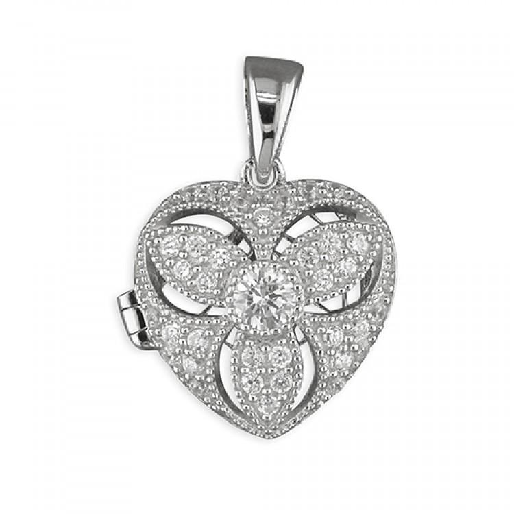 Cubic zirconia vintage designe heart