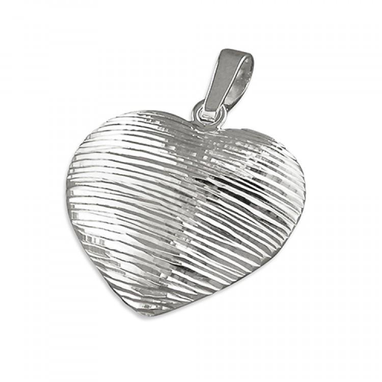 Diamond-cut striped heart