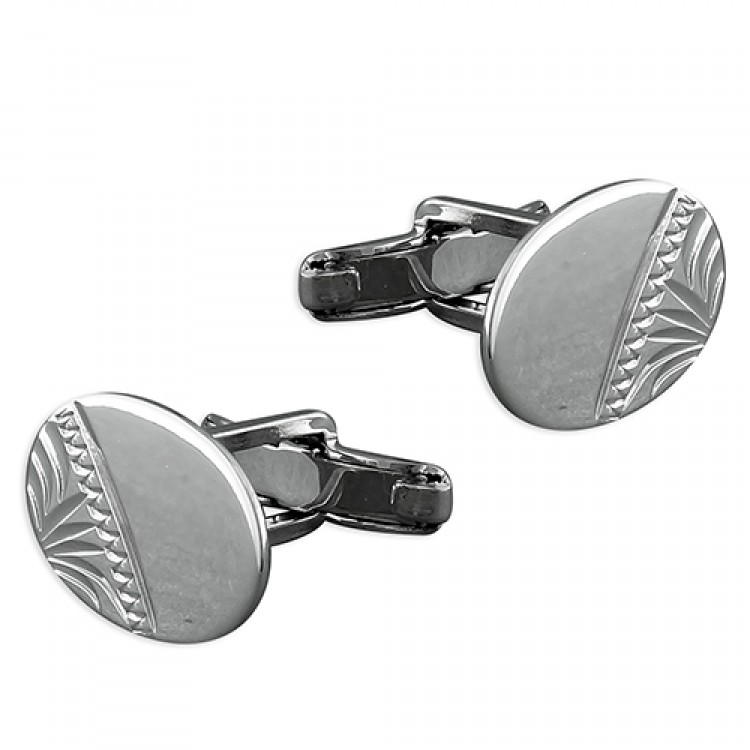Half-engraved oval cufflink with swivel fitting