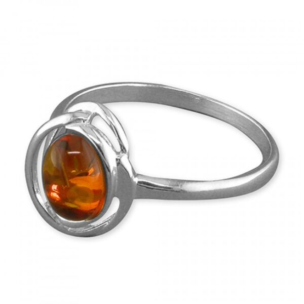 Cognac amber looped oval