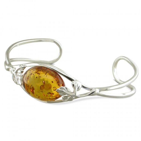 Cognac amber oval with leaves