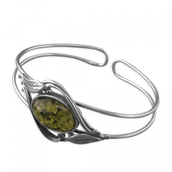 Green amber oval with leaves