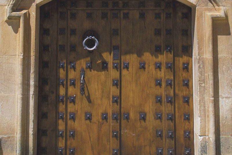 finca la media naranja puerta