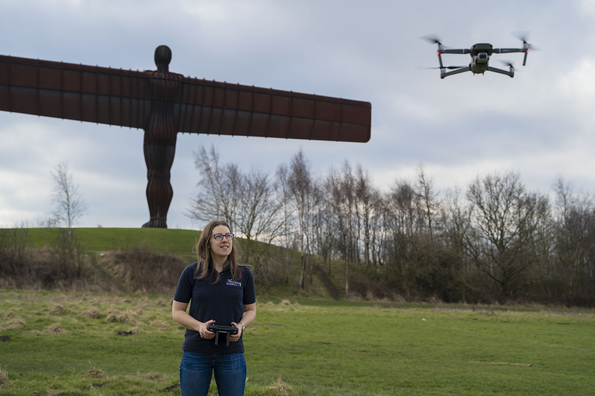 Read more about the article Women who drone
