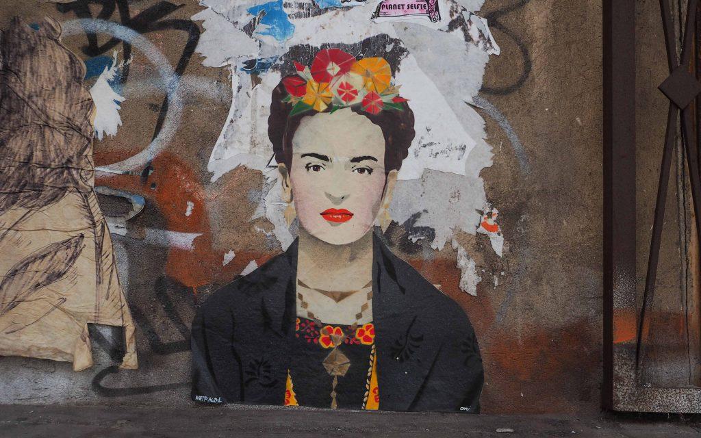 Frida Kahlo wurde von Oni und Metraeder geklebt