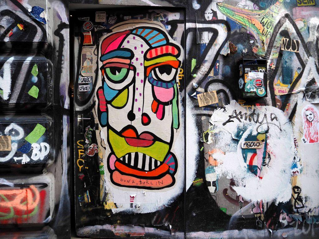 ein großes Portrait von Bona Berlin