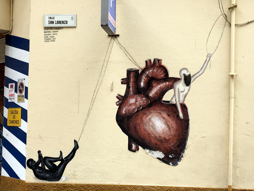 Herz mit Affe und Mann
