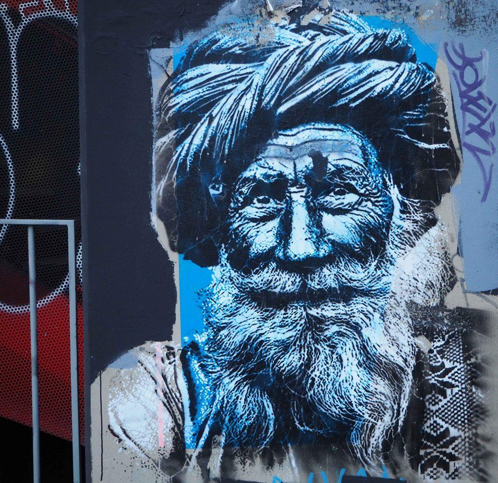 alter Mann mit Turban