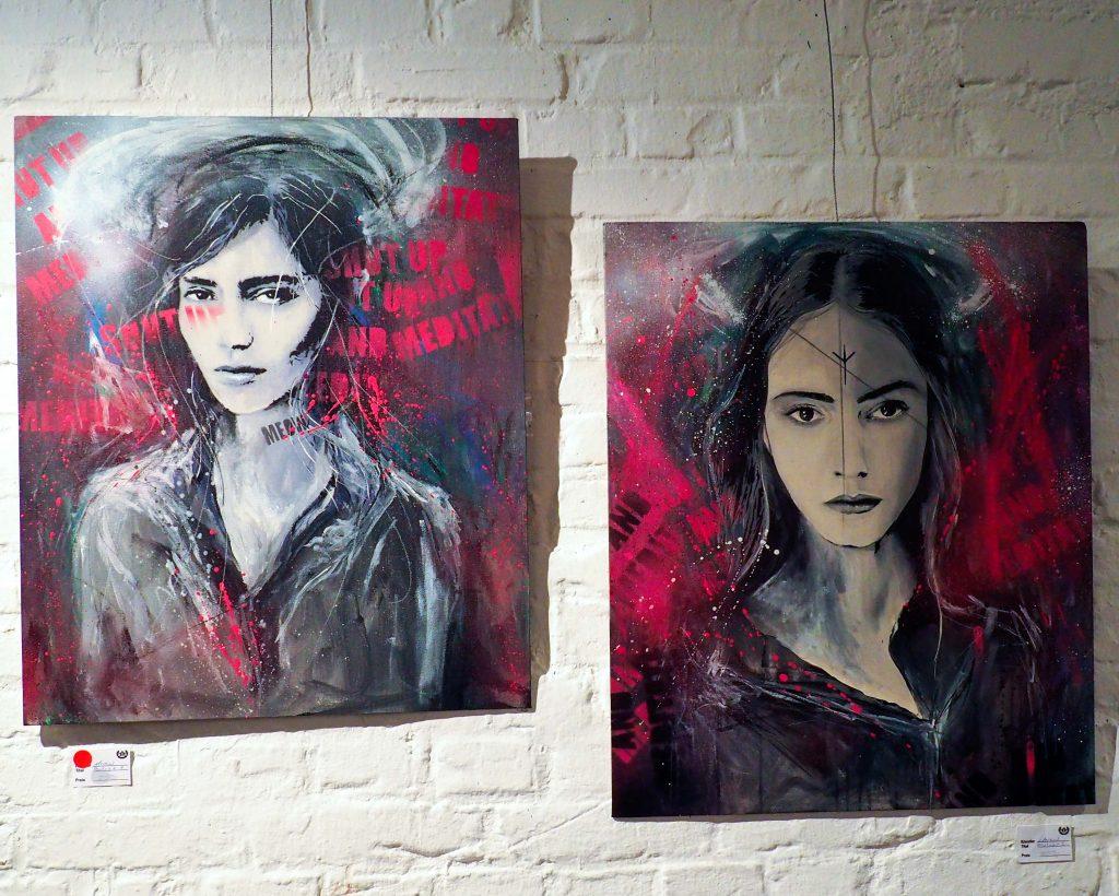 zwei weibliche Portraits