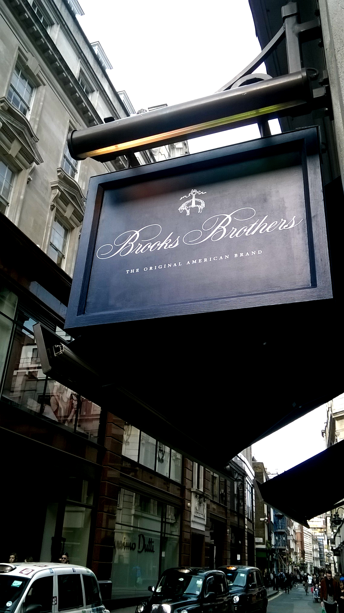 Brooks-Brothers Regent Street London E Signs ® installed sign www.e-signs.co.uk