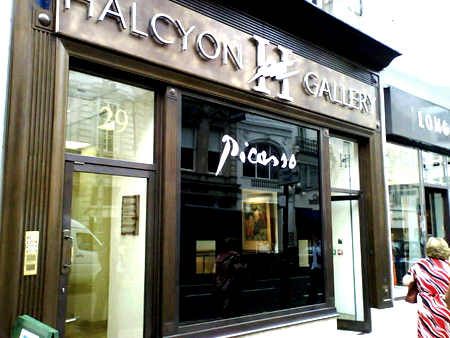 Illuminated Fascia picasso signs by E Signs ® for Halcyon Gallery www.e-signs.co.uk