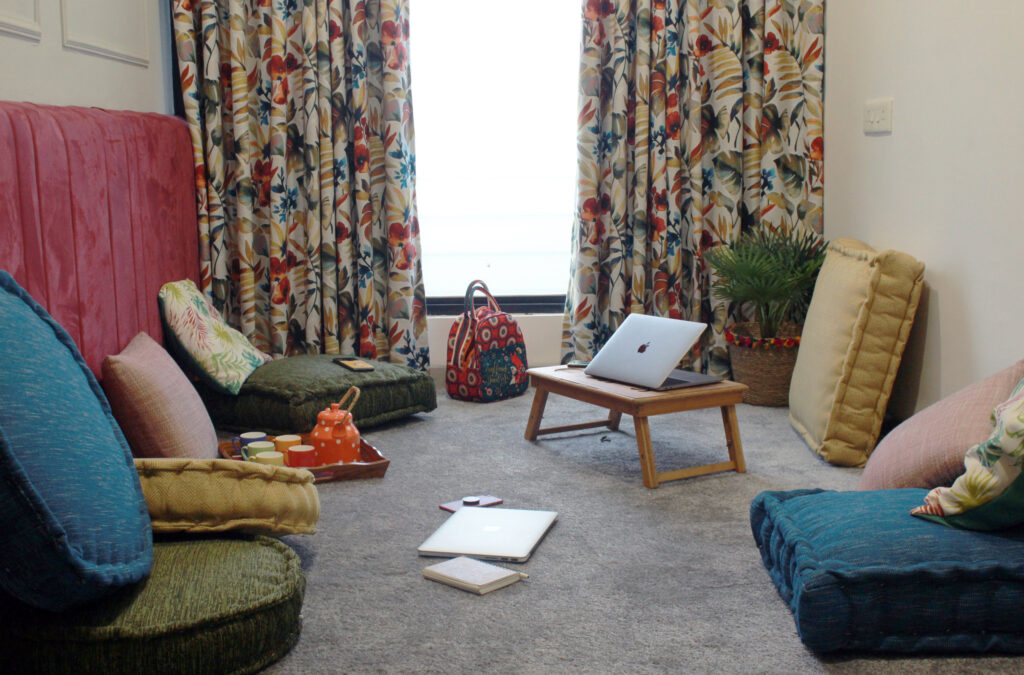 Hooga Room