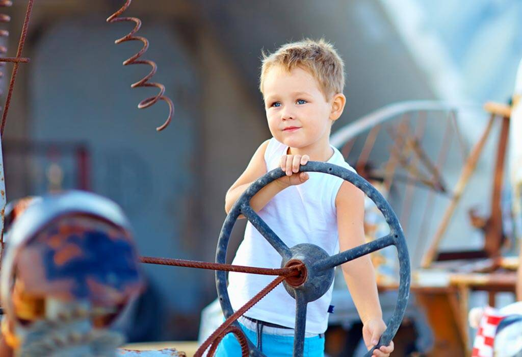 5 Benefits of Fantasy & Imaginative Play