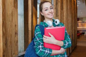 How to help your teen adjust to new school.