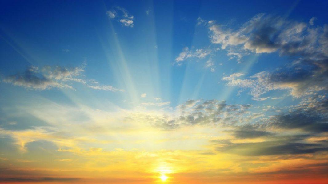 EL NUEVO PATERNALISMO: EL ESTADO ES TU MADRE, TU PADRE… Y TU DIOS