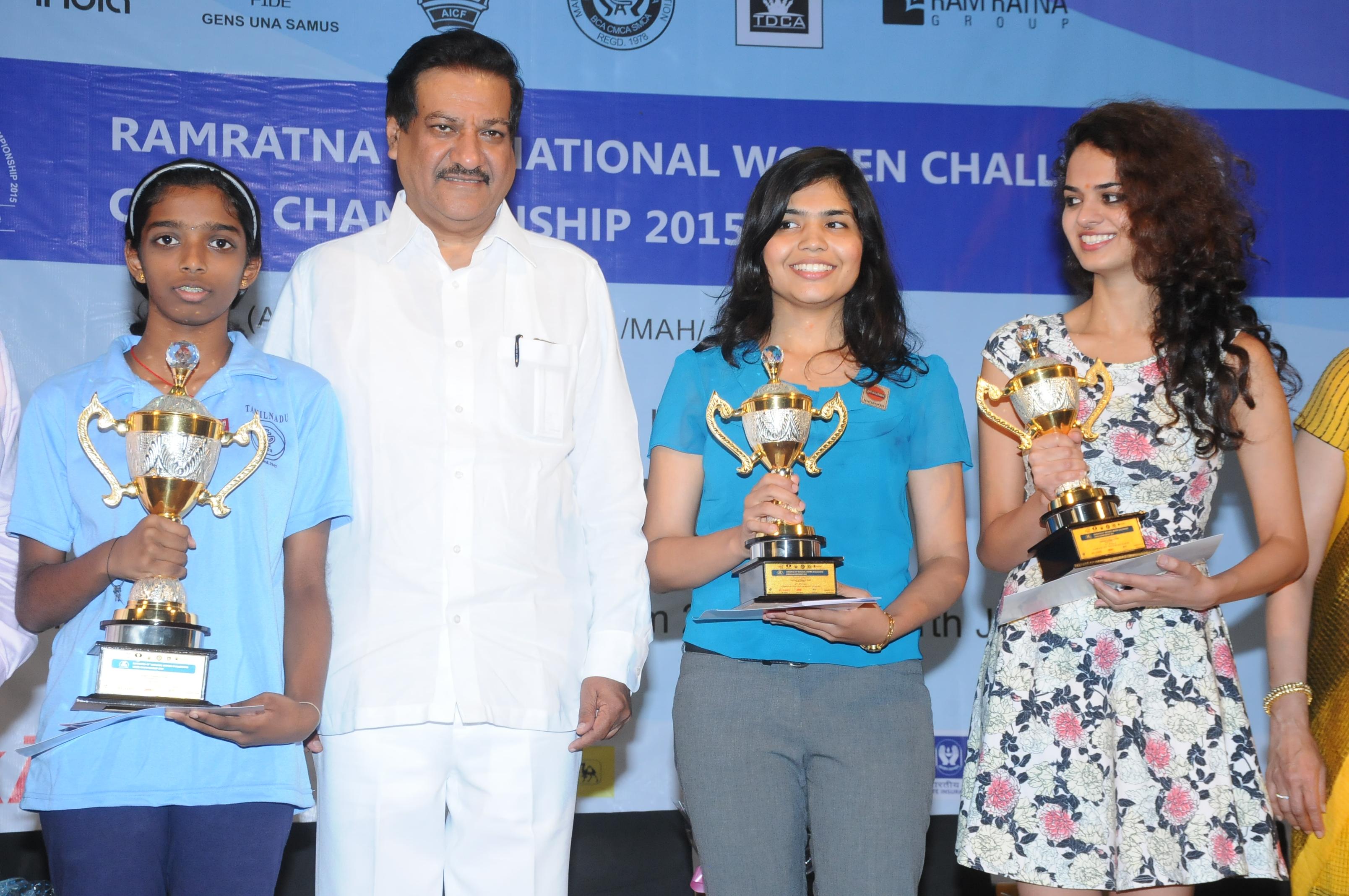 Vaishali e Saumya and taniya sachdev