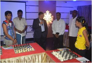 Pleasantries being exchanged before the Simul