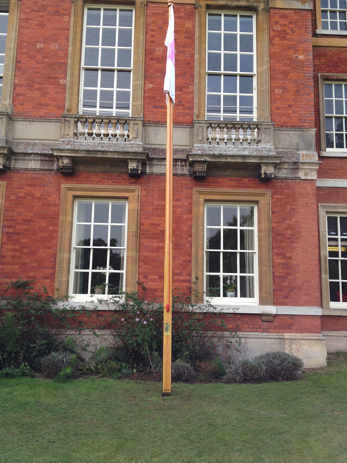 The Wooden Flagpole Company