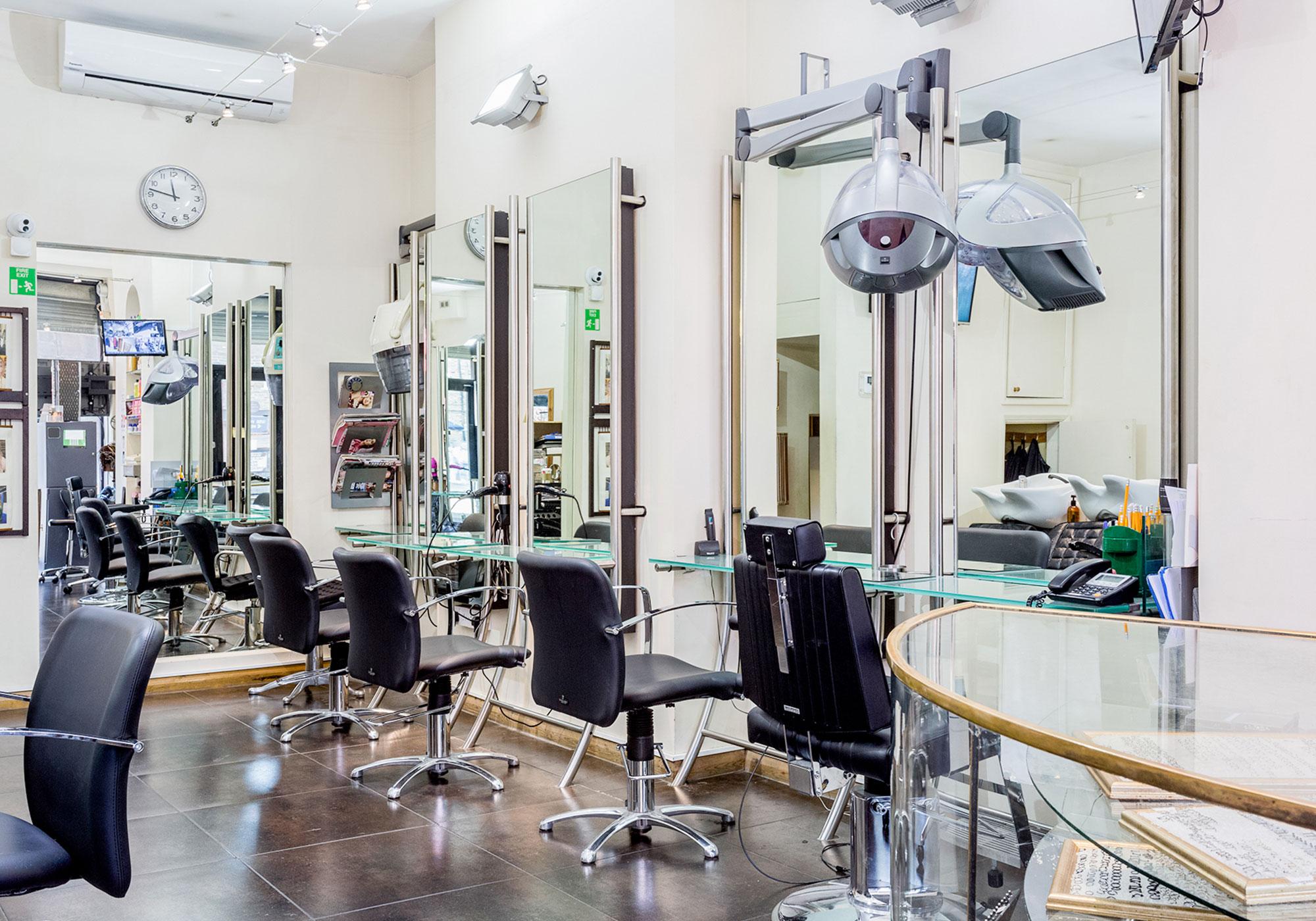 camden-locks-hair-studio-stylist-chairs
