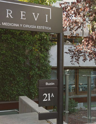 clinica trevi medicina y cirugia estetica madrid 18