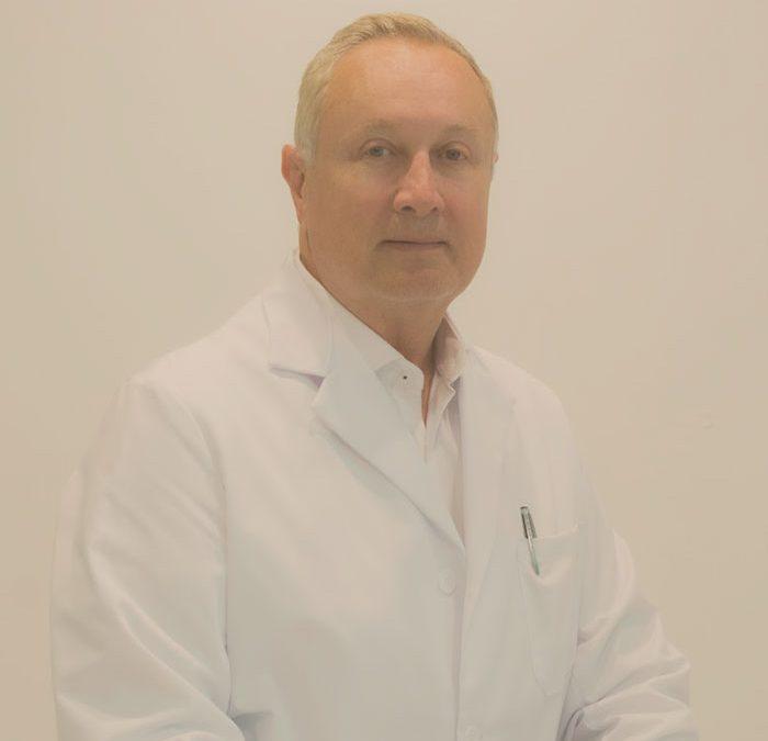 Dr. Luis Vivas: Disfruto Operando y Viendo Resultados en mis Pacientes