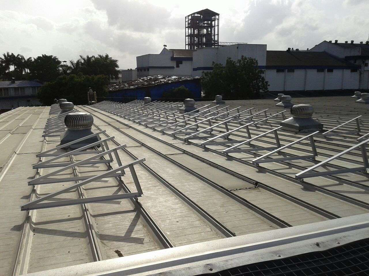 1-Clamp Triangle Structures_300KW_Ahamedabad