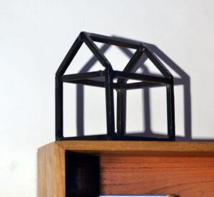 Shelf self