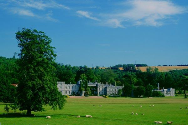 West Dean College of Art & Conservation / Chris Ison