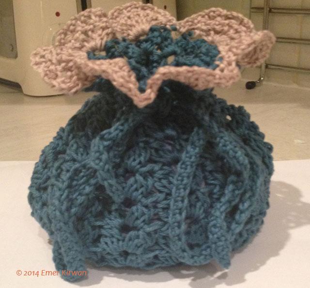 Cluster stitch drawstring bag