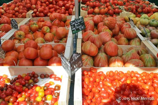 Tomatoes at L'Isle-sur-la-Sorgue
