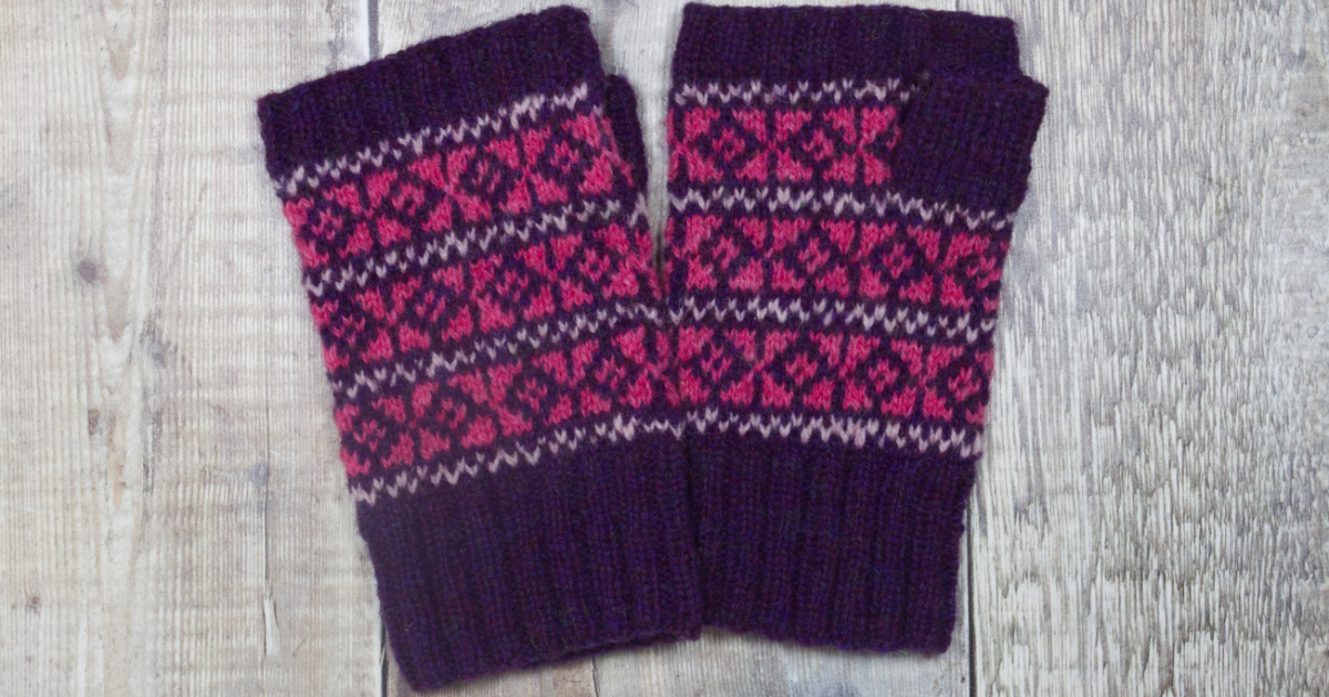 Tesserae fingerless mittens