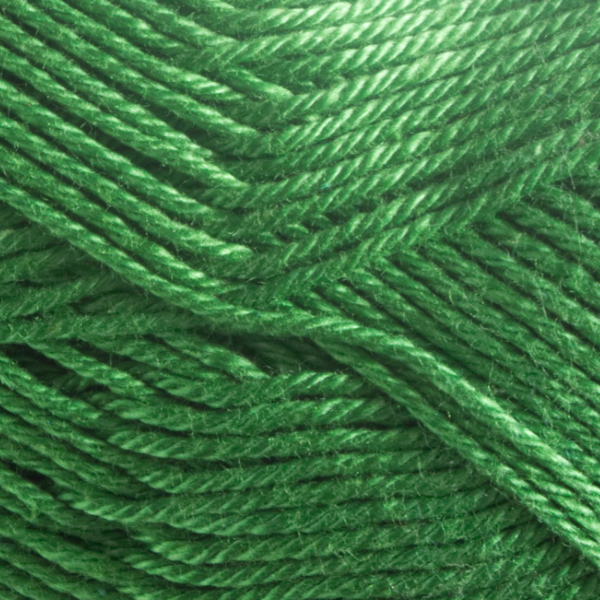Close up of Quattro cotton yarn in shade 117 Apple Green.
