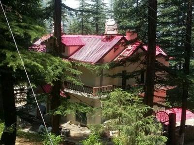 4 Bhk Cottage For Sale at near Mashobra Shimla —- Drive In — Covered Area – 5000 Sq ft — 3 km Link From Mashobra —  Plot Area – 6 Biswa —- Price – 1.75 Cr