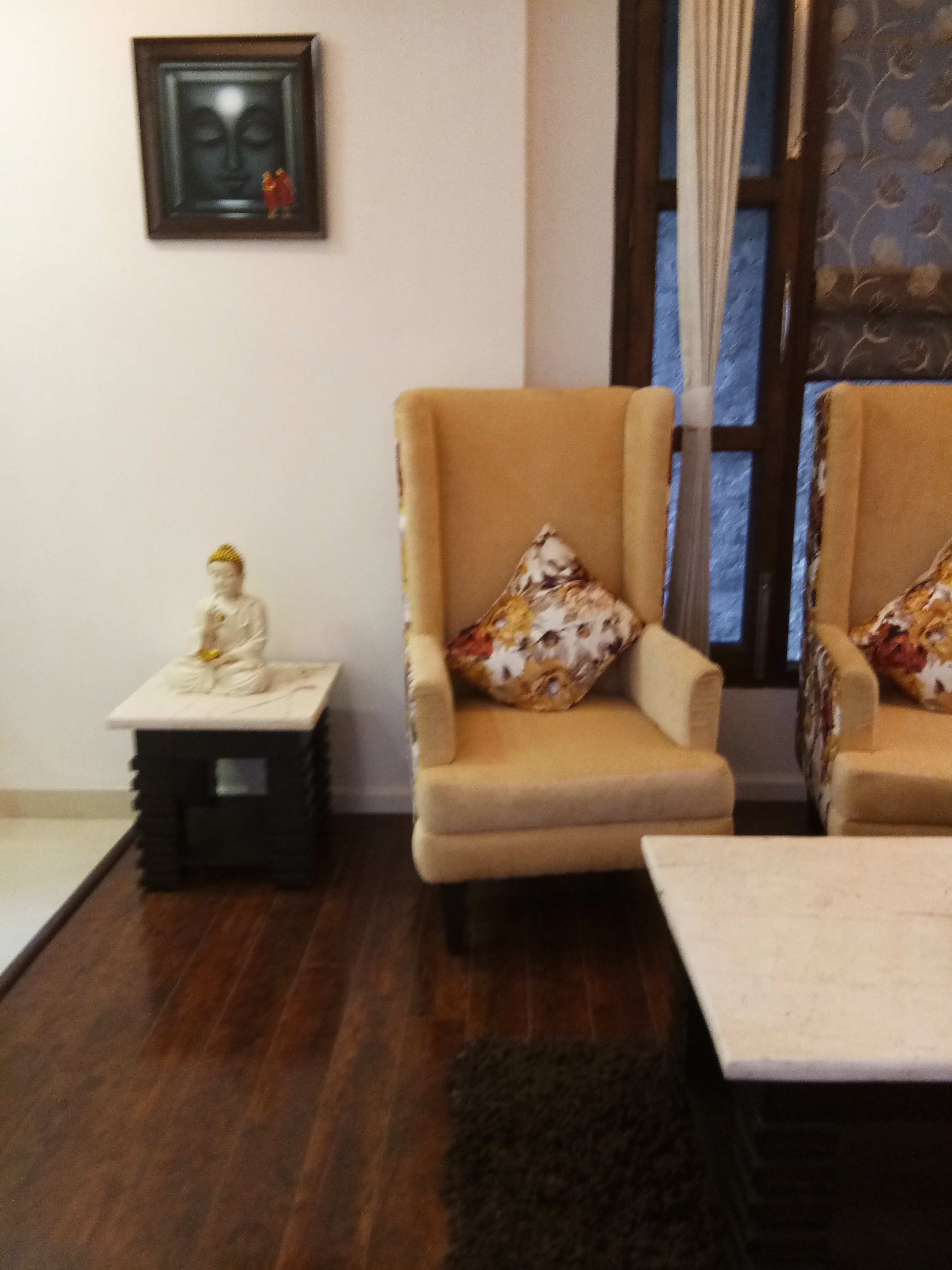 2 Bhk Fully furnished Luxury Apartment for sale at Bharari shimla —- Covered area -960 sqf — Ready to Move — Close to School and local bus Stop —- Only 3 km from Mall road Shimla.