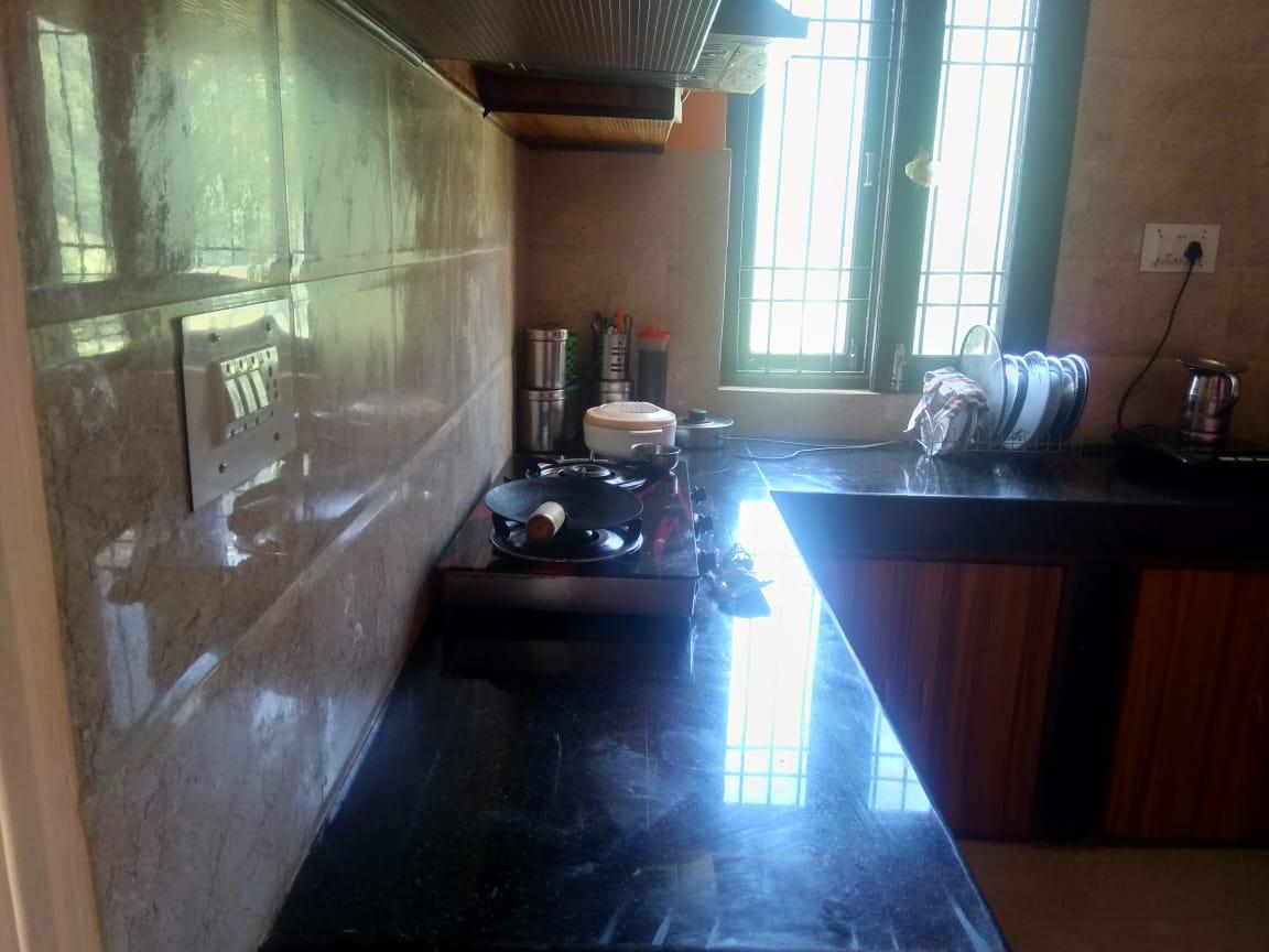 3 Bhk Flat For sale at Chhakrail Near Bhatakufar Shimla — Non Drive — Covred Area — 1200 Sqf  — Close to IVY International School  —- Price- 55 Lakhs