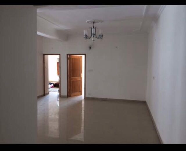 3 Bhk Duplex For Sale at Aira Home near Chhota Shimla — Drive in With Covered Parking —- Covered Area – 2700 Sq Ft —- Close to Kasumpti and Chhota Shimla —- Price – 1.25 Cr