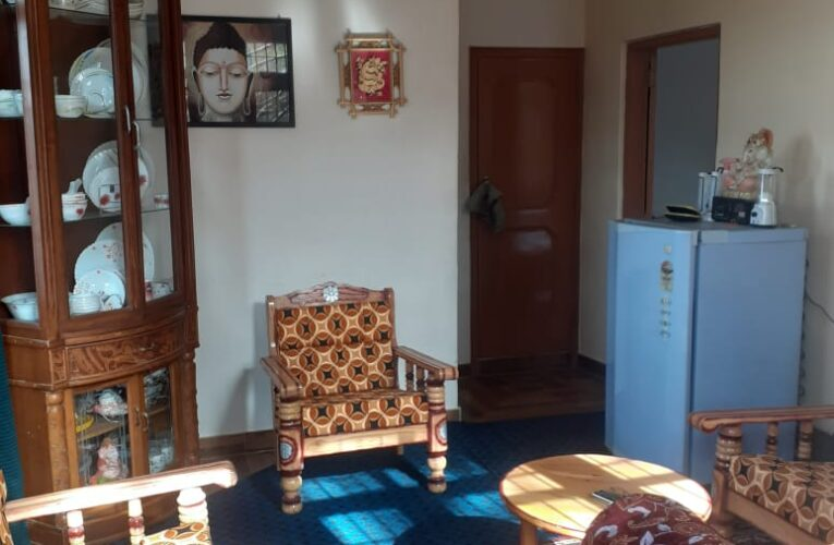 1 Bhk Fully Furnished flat for Sale in Bharari Shimla —- Drive in —– Covered area – 530 Sq ft —- Only 3 km from mall road Shimla  — Price – 33 Lakhs —– Contact Us:- 9218227122 – 23-