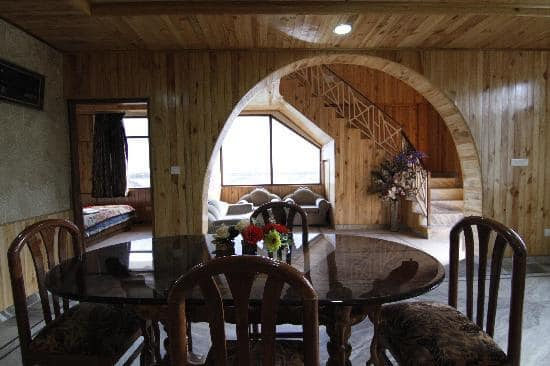 34 Rooms Hotel for sale in  Very Beautiful Location at Manali Himachal Pradesh —- Price – 20 Cr —– Contact Us:- 9218227122 – 23