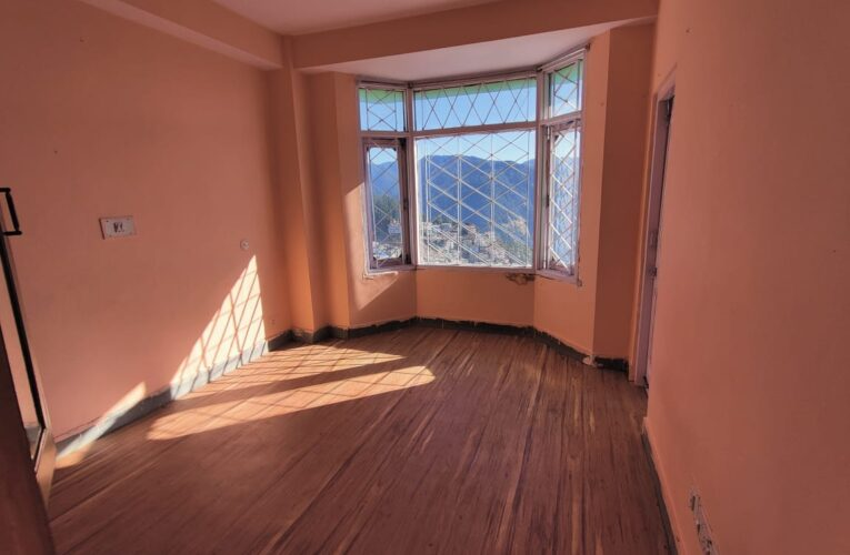 Non Drive 2 Rooms set ( 1 Bhk ) for sale near Kali Mata Mandir Dhalli Shimla Himachal Pradesh —–  Only 200 Meters from N H —–  Close to Dhalli Market  —– Price 32 Lakhs ( Negotiable) —— Contact Us:- 9218227122 – 23
