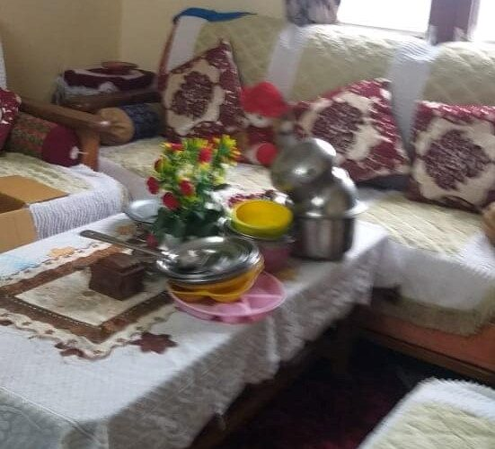 2 Bhk Non drive flat for sale in kasumpati Shimla Himachal Pradesh —– Close to Market —– Only 50 Stairs from Road  —– Price – 39 Lakhs —– Contact Us:- 9218227122 – 23 –