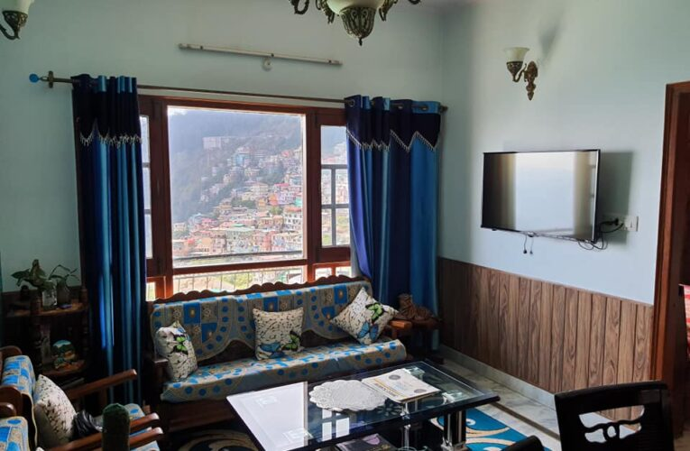 7 Bhk non drive fully furnished duplex for sale near children Park Sanjauli Shimla HP —– Only 2 Minutes walking distance from Main Road —– Sunny & Beautiful View —- Price – 1.90 Cr ( Negotiable) —— Contact Us- 9218227122 – 23 s