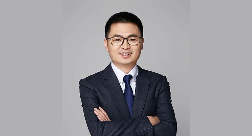 Elvis Zhou