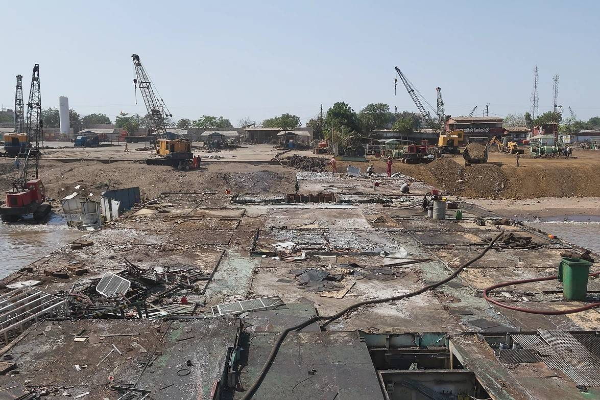 3_The Politics of Waste, and the many Identities of a Ship Recycling Yard in India
