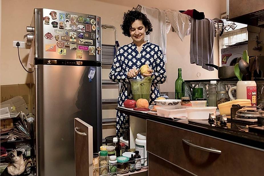 """Mariam (43), who has done modelling for the last 20 years, and is now a health and nutrition coach says; """"I do workshops and talks on how to use easy health hacks to navigate and manage our busy, stressful urban lives.I do raw food and plant based cooking workshops as well as organic tours and clean eating management sessions."""""""