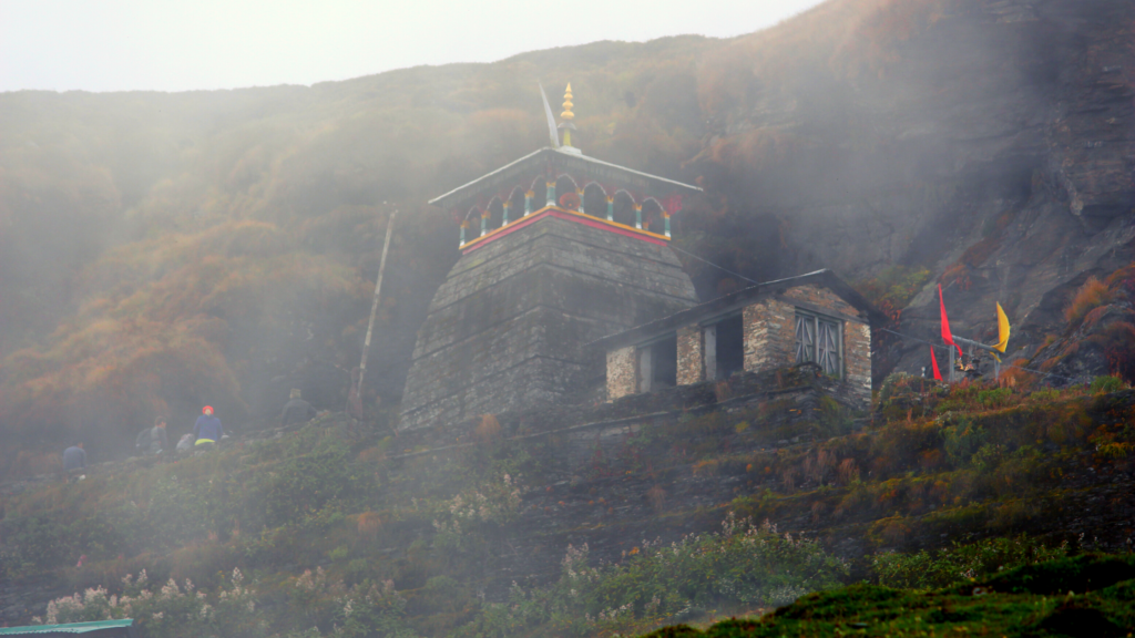 Tungnath Darshan and Chandrashila Summit (Day 2)