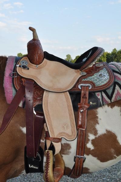 kelly kaminski barrel saddle