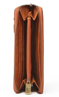 Inside-horse-wallet